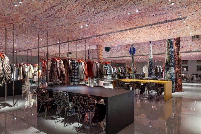 Calvin Klein 205W39NYC abre en París
