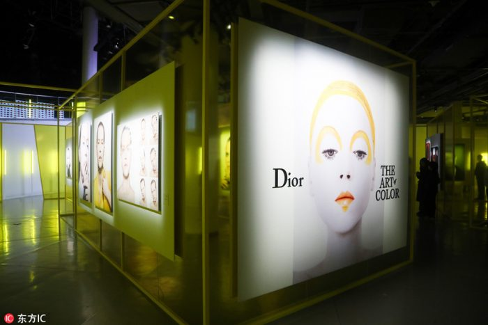 'Dior, The Art of Color' en MoCA