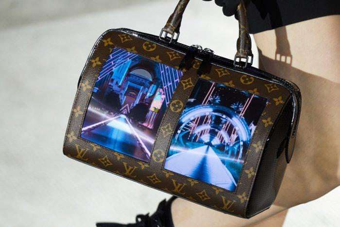 Bolsos Louis Vuitton con pantalla OLED