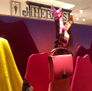 """""""Along the dreamtrail"""" de Kiki Van Eijk para Hermès"""