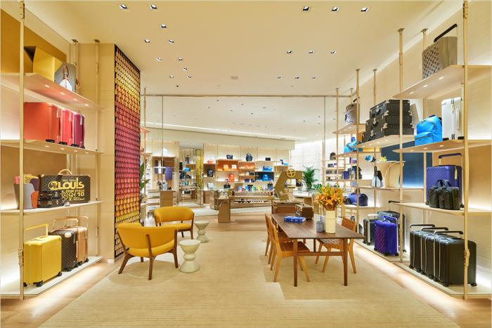 Louis Vuitton men's store